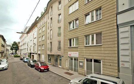 Zentral gelegene Garagenstellplätze nahe Mariahilfer Straße zu vermieten! Provisionsfrei