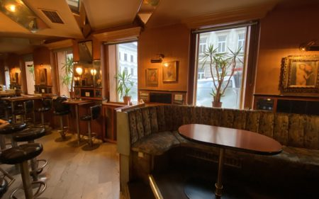 90 m² charmantes Café/ Bar zu vermieten - nahe Bahnhof Meidling! PROVISIONSFREI